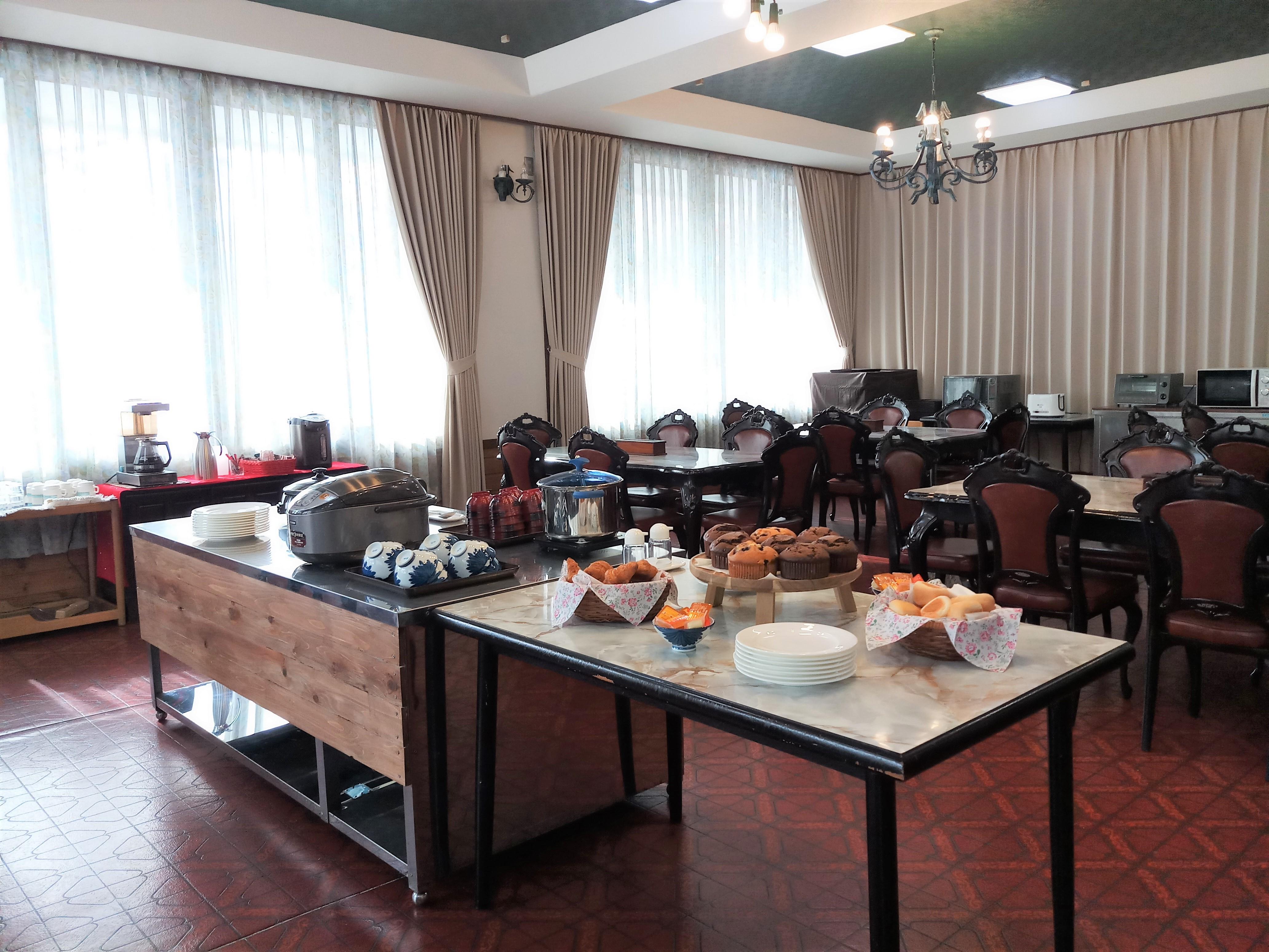 dinning-room-a1